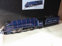 A4 Pacific 4-6-2 Locomotive - BR Lined Thompson Blue